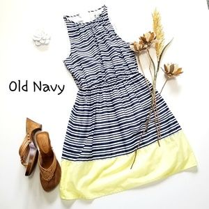 💝🌷Old Navy - White /Blue /Yellow Striped Dress S